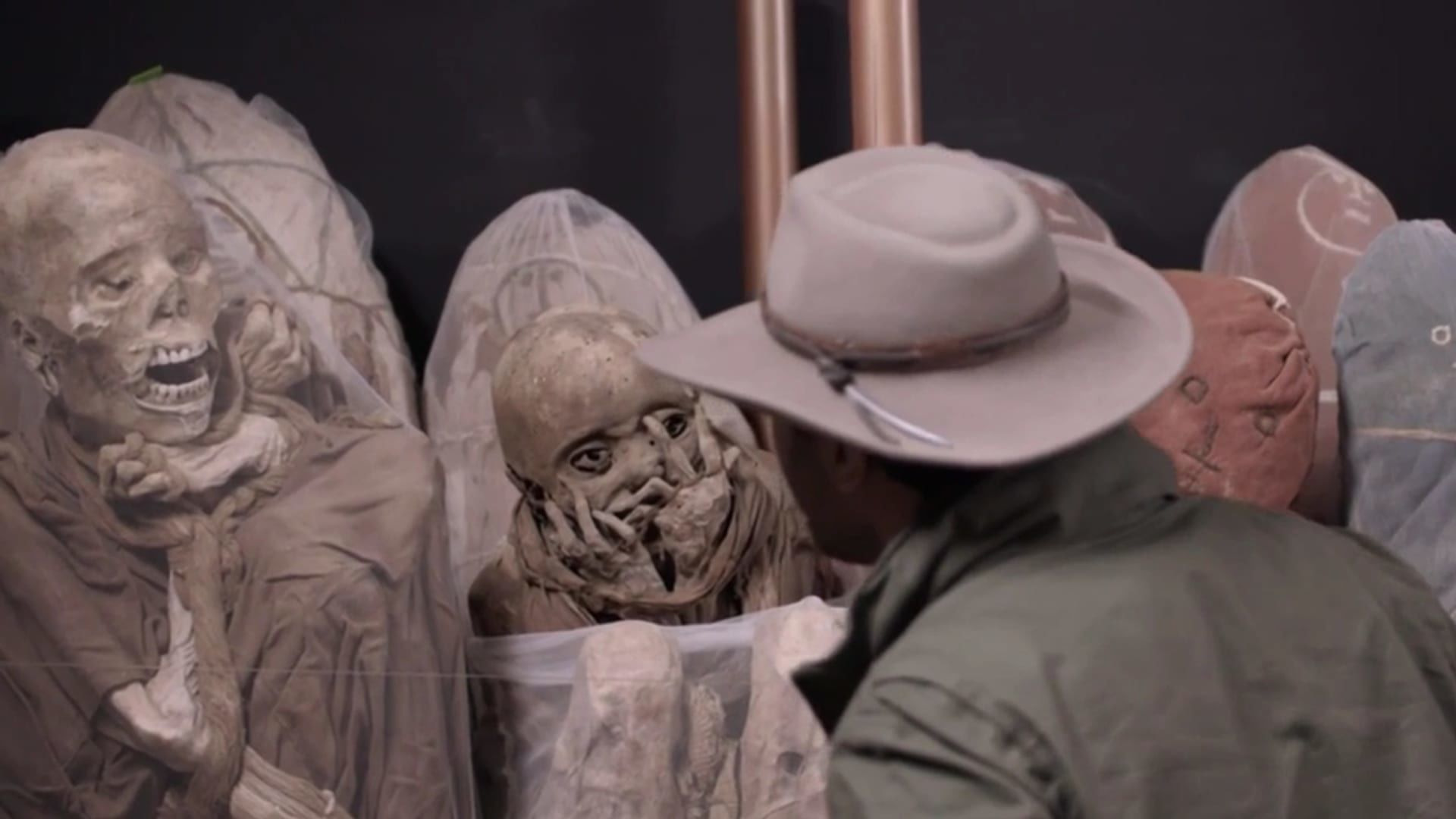 Mummies Unwrapped — s01e03 — The Cursed Mummy Tribe