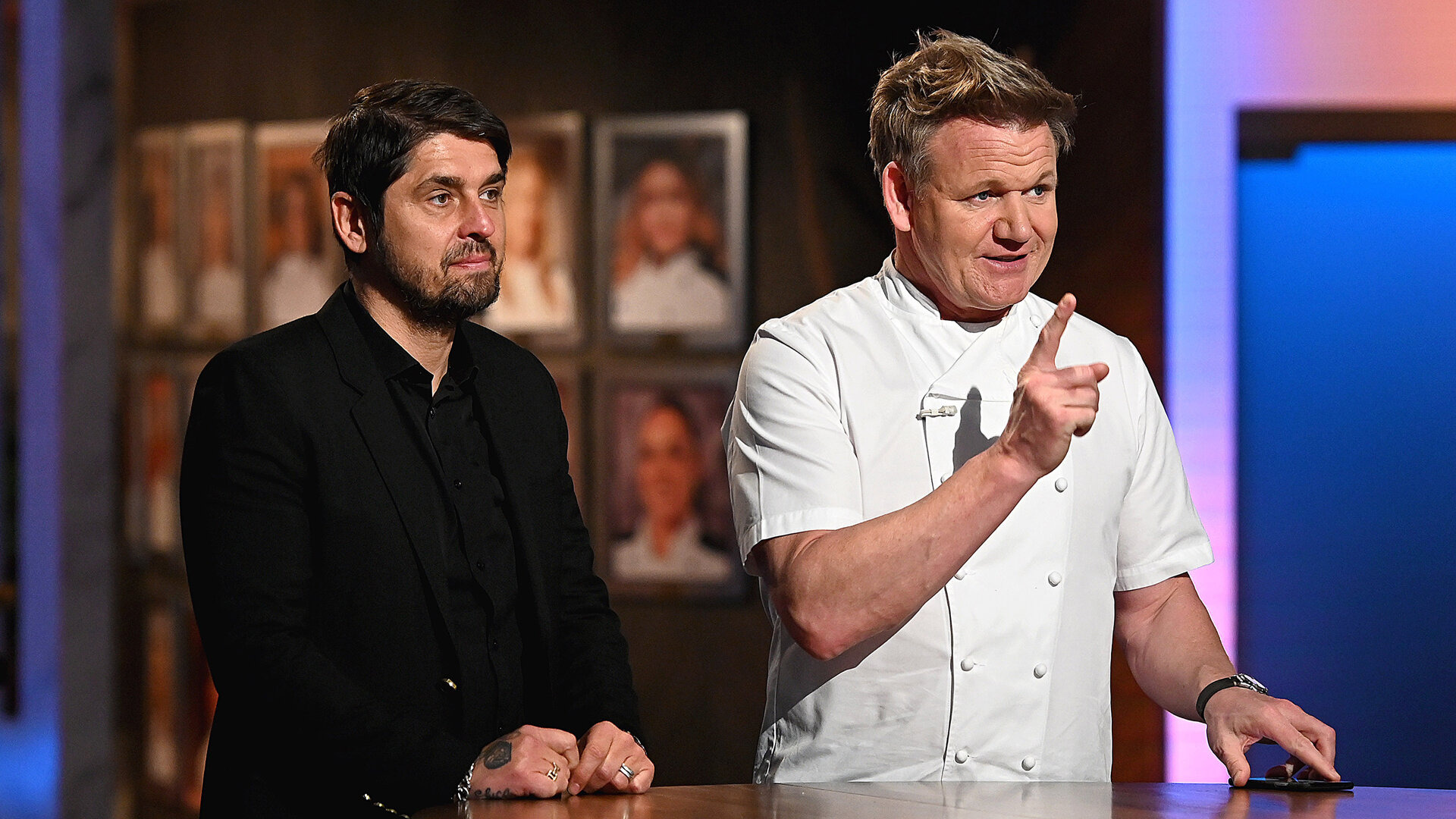 Hell's Kitchen — s20e13 — Social Media in Hell