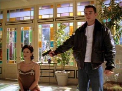 Charmed — s07e09 — There's Something About Leo