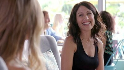 Girlfriends' Guide to Divorce — s02e10 — Rule #36: If You Can't Stand the Heat, You're Cooked