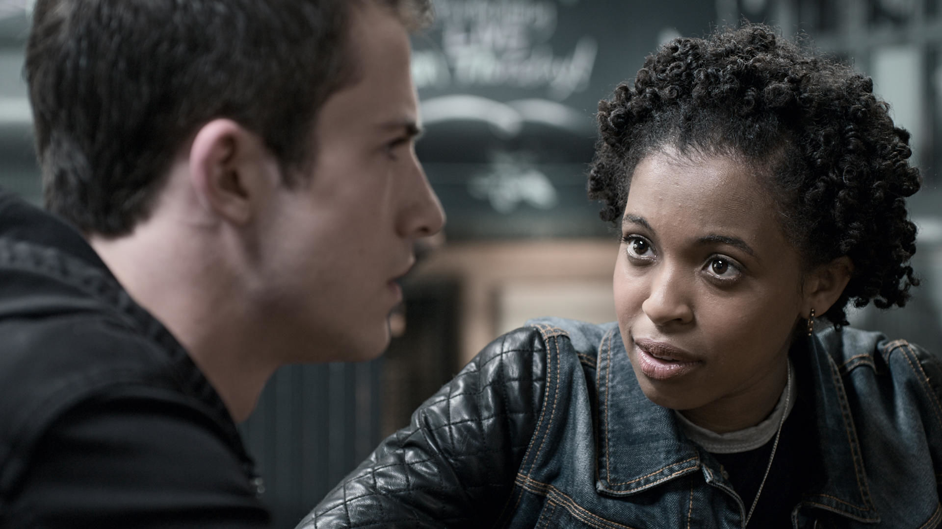 13 Reasons Why — s03e01 — Yeah. I'm the New Girl