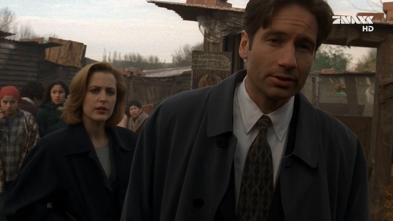 The X-Files — s04e11 — El Mundo Gira