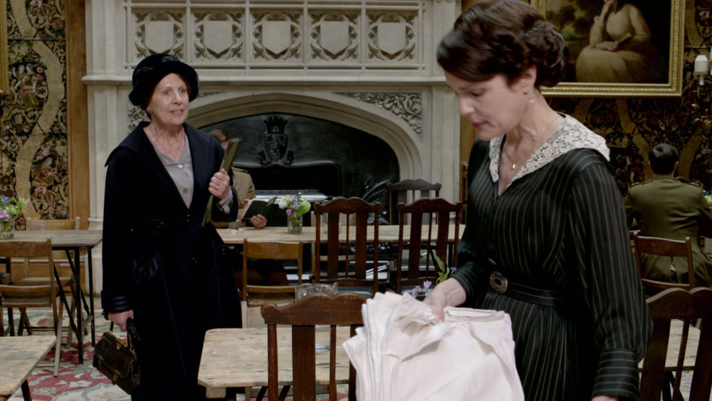 Downton Abbey — s02e04 — Episode 4