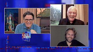 Вечернее шоу со Стивеном Колбером — s2021e55 — Anthony Hopkins; Florian Zeller; Senator Mazie Hirono
