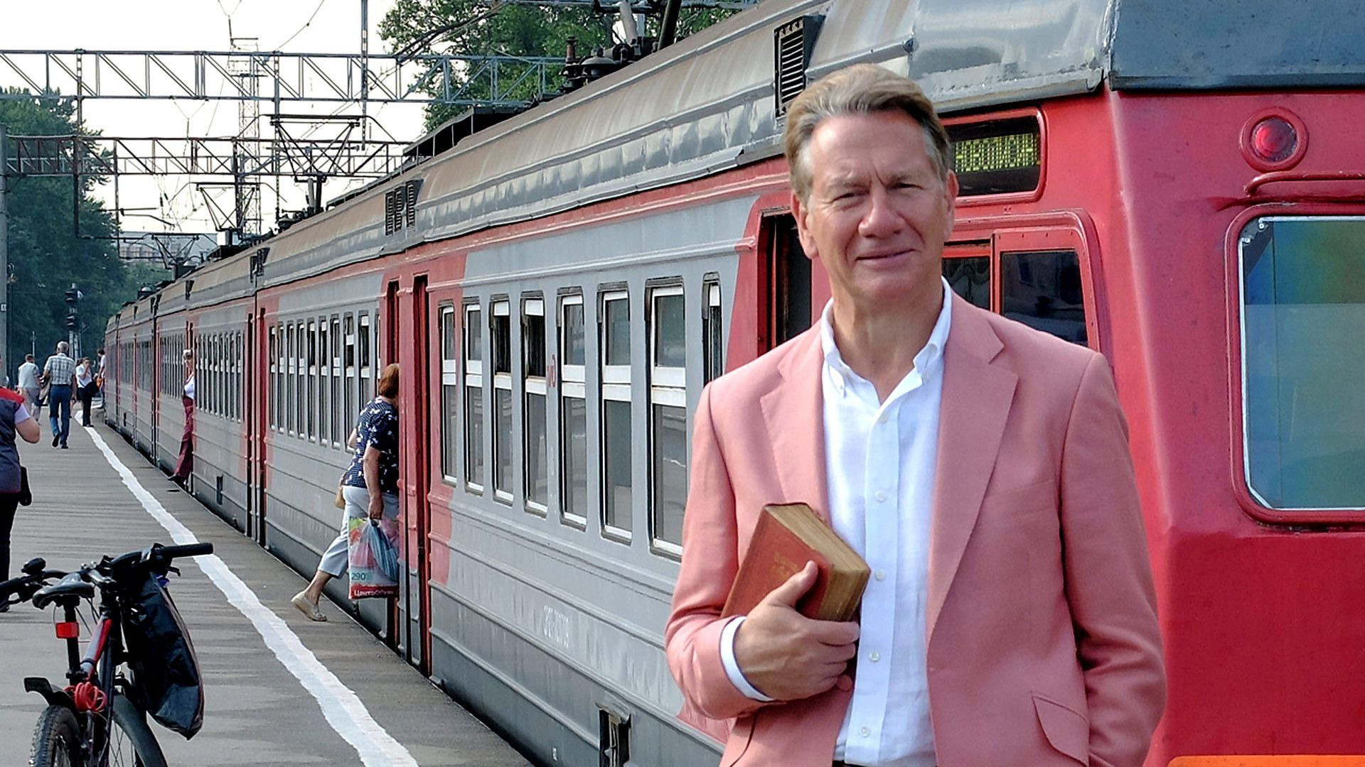 Great Continental Railway Journeys — s03e01 — Tula to St Petersburg
