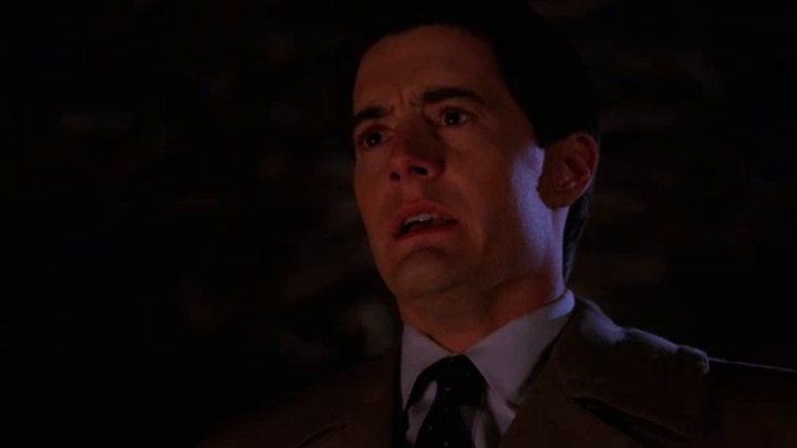 Twin Peaks — s02e19 — Variations and Relations
