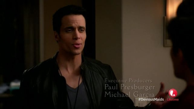 Devious Maids — s01e11 — Cleaning Out the Closet