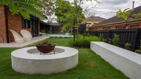Dream Gardens — s02e05 — Balwyn North, Vic