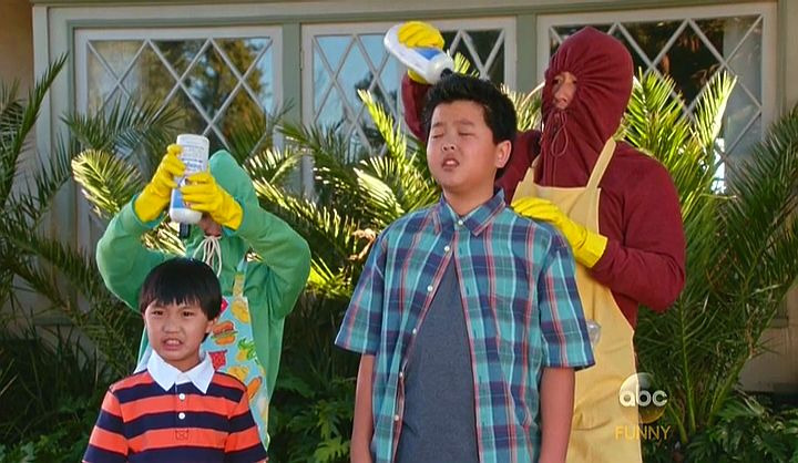 Fresh Off the Boat — s02e18 — Week in Review