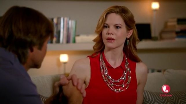 Devious Maids — s02e02 — The Dark at the Top of the Stairs