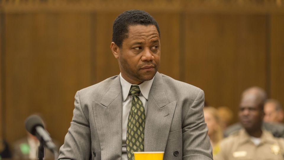 Американская история преступлений — s01e08 — A Jury in Jail