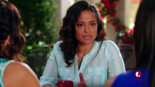 Devious Maids — s03e08 — Cries and Whispers