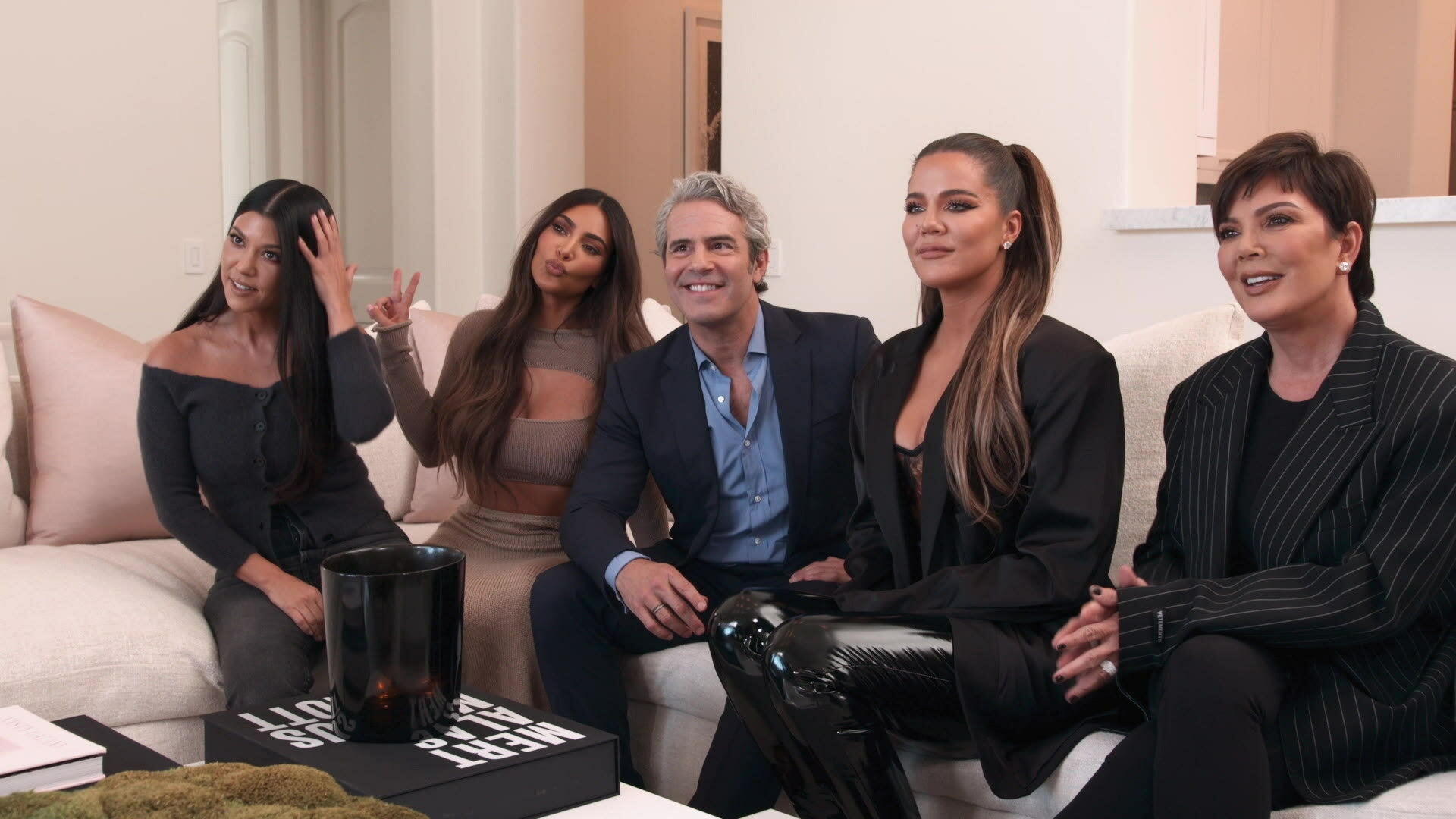 For Real: The Story of Reality TV — s01e01 — Celebs: Just Like Us?