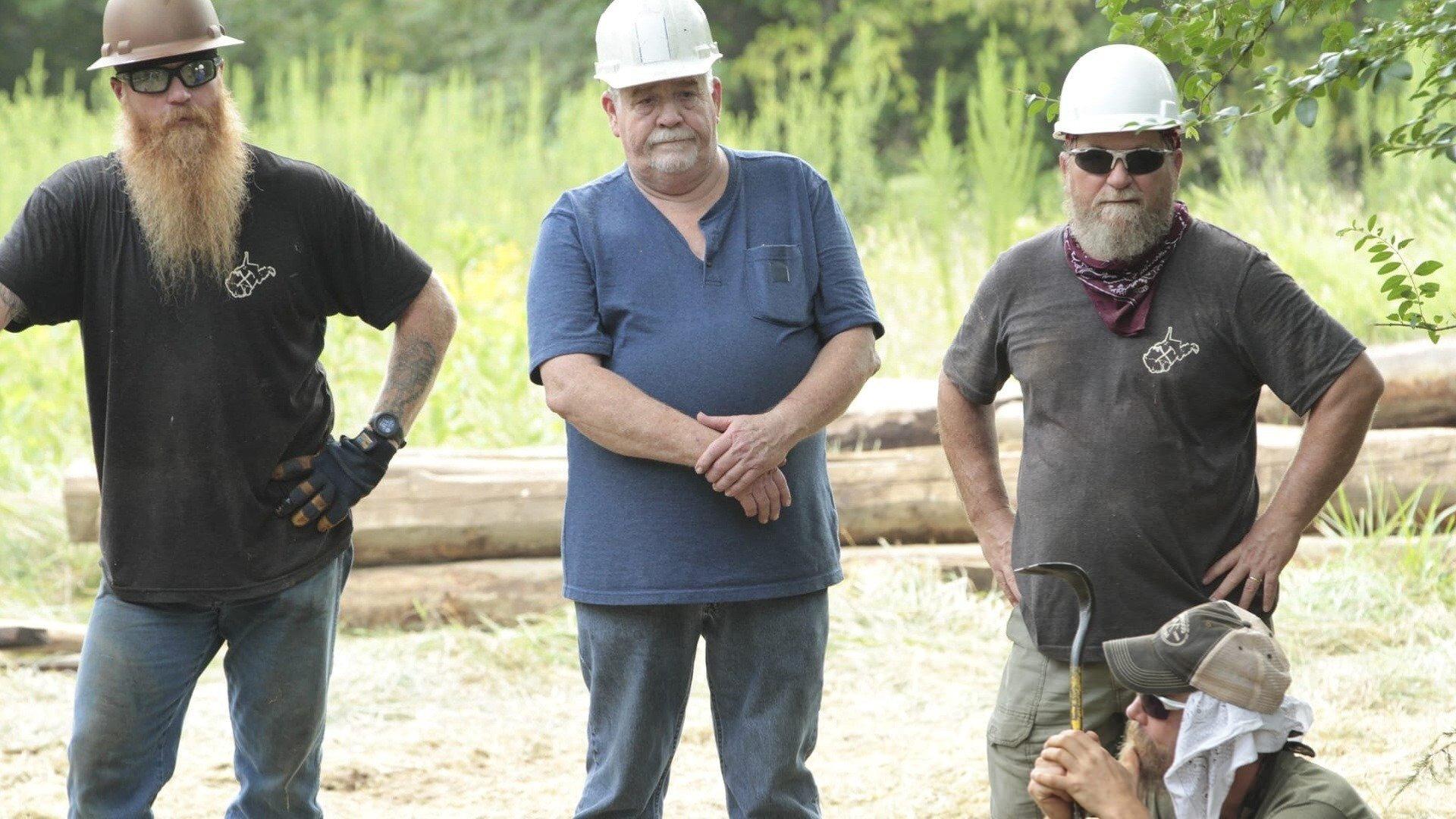 Barnwood Builders — s11e06 — The Five-barn Farm