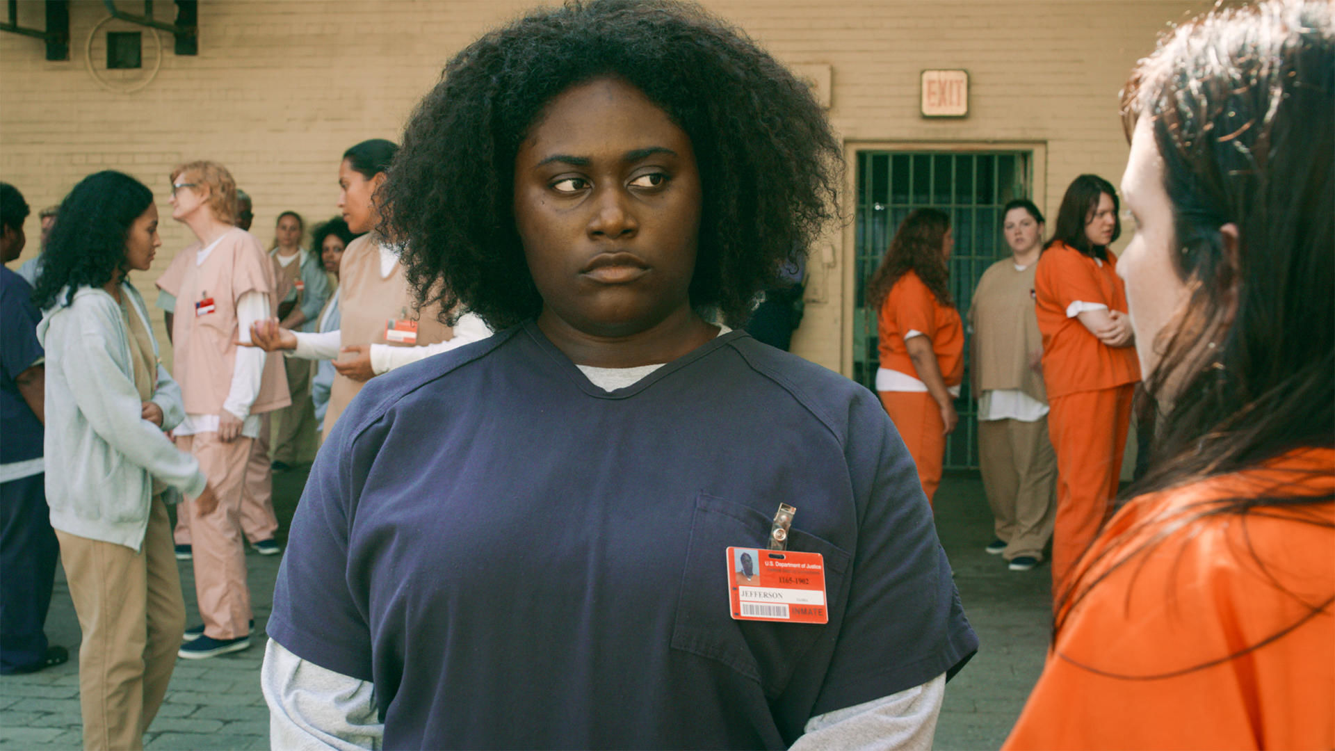 Orange Is the New Black — s07e01 — Beginning of the End