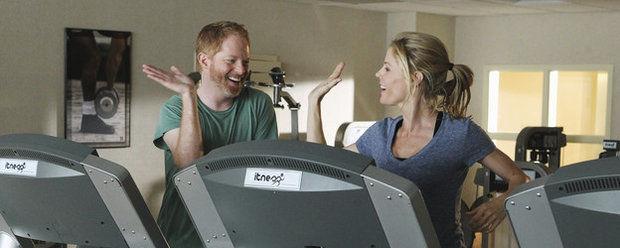 Американская семейка — s02e04 — Strangers on a Treadmill
