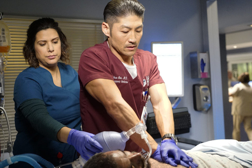 Chicago Med — s04e11 — Who Can You Trust