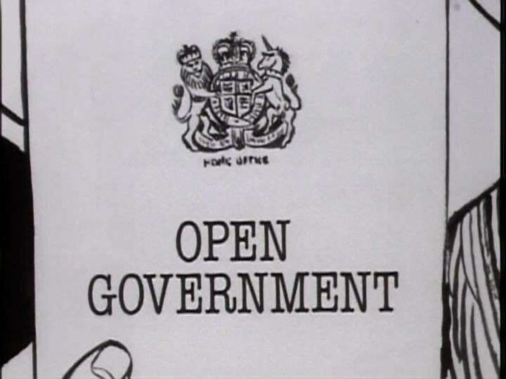 Да, господин министр — s01e01 — Open Government
