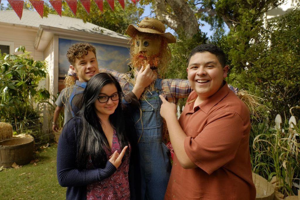 Американская семейка — s08e07 — Thanksgiving Jamboree