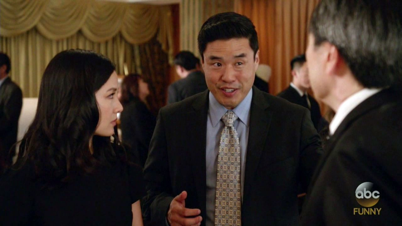 Fresh Off the Boat — s04e05 — Four Funerals and a Wedding