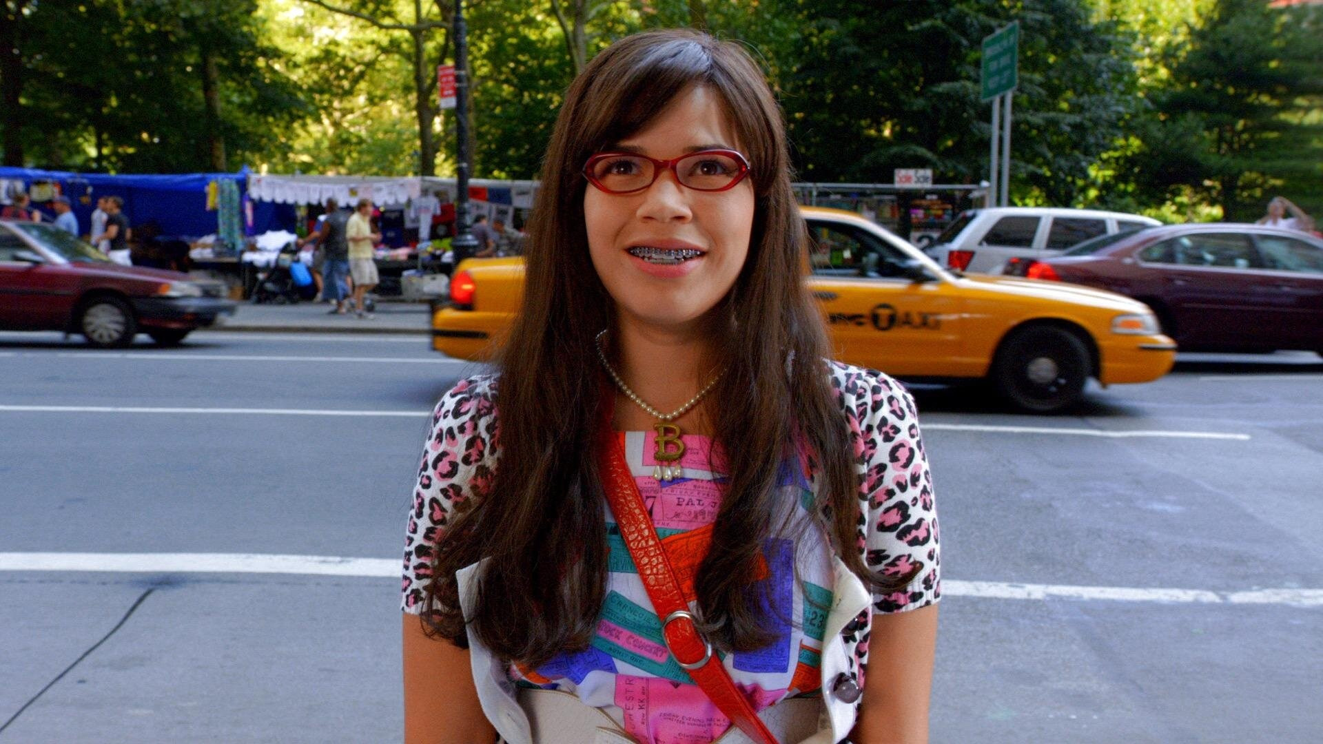 Ugly Betty — s04e01 — The Butterfly Effect (1)