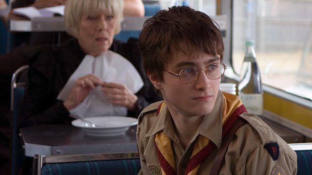 Массовка — s02e03 — Daniel Radcliffe