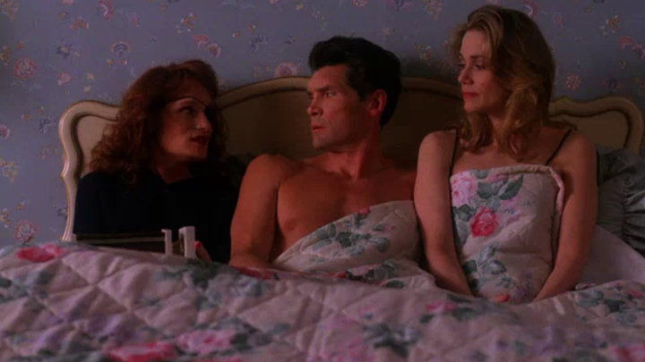 Twin Peaks — s02e15 — Slaves and Masters
