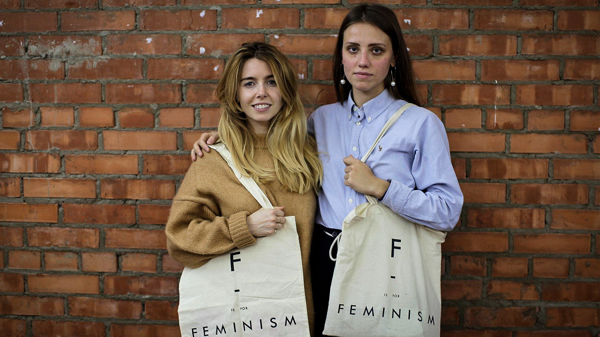 Stacey Dooley Investigates — s07 special-8 — Russia's War on Women