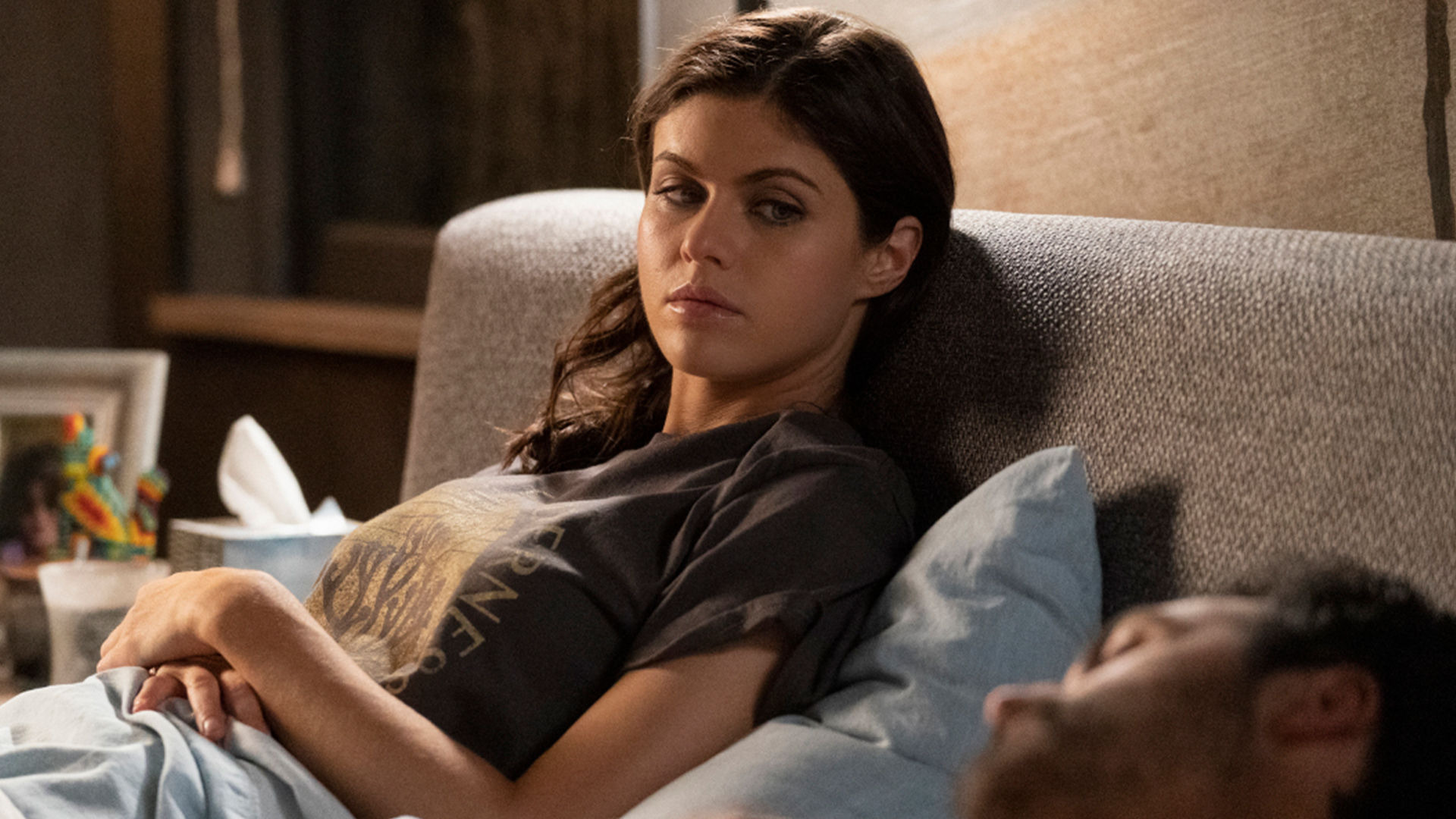 Почему женщины убивают — s01e08 — Marriages Don't Break Up on Account of Murder - It's Just a Symptom That Something Else Is Wrong