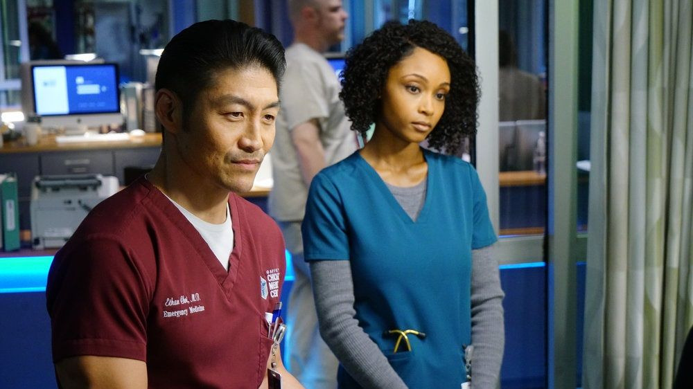 Chicago Med — s04e22 — With a Brave Heart