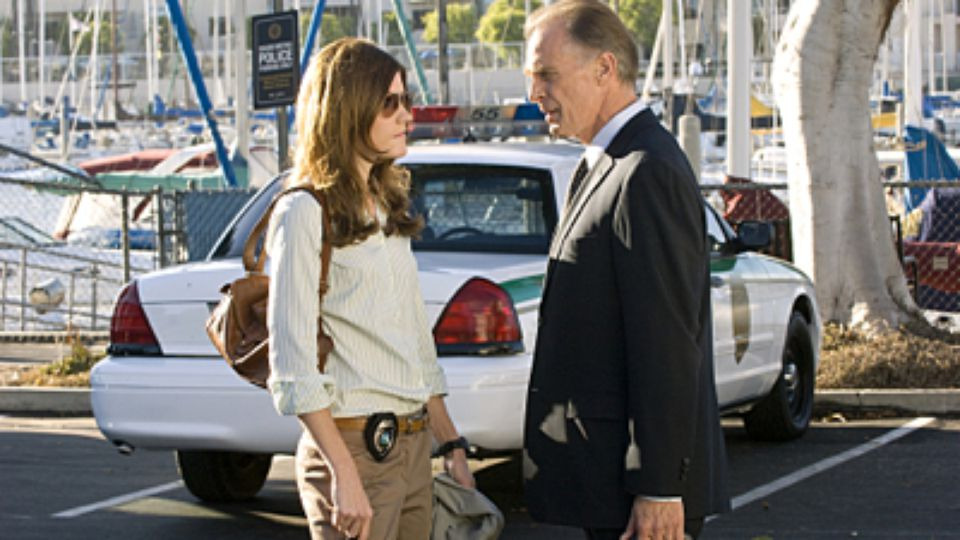 Dexter — s02e10 — There's Something About Harry