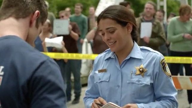 Under the Dome — s01e05 — Blue on Blue