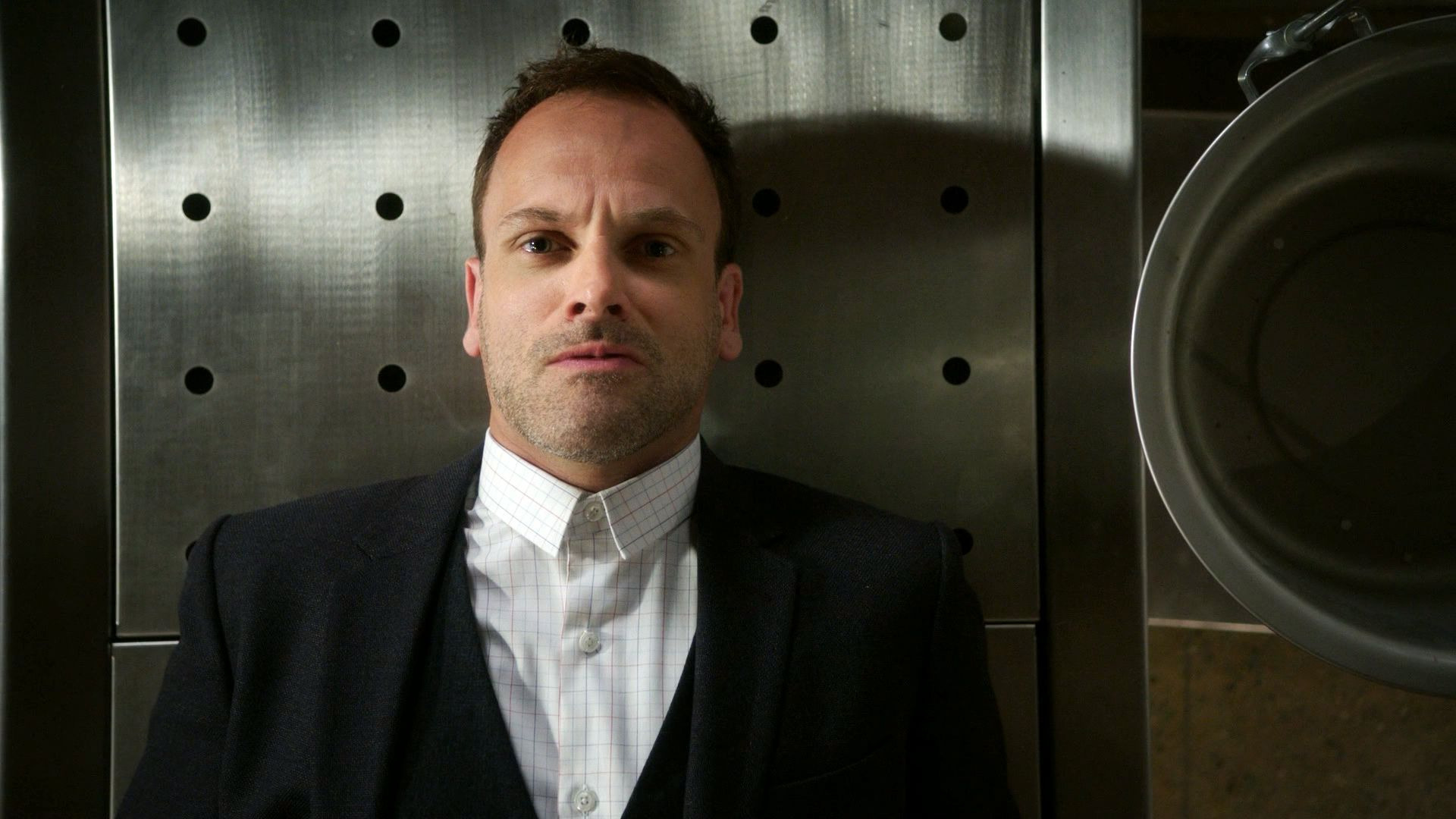 Elementary — s06e01 — An Infinite Capacity for Taking Pains
