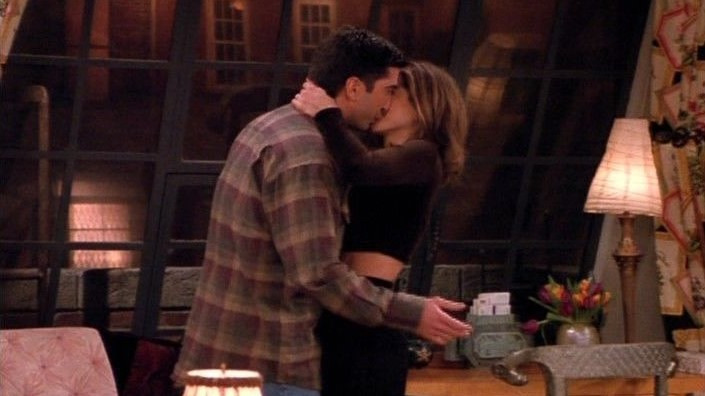 Друзья — s02e15 — The One Where Ross and Rachel... You Know