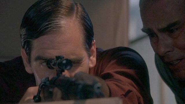 Квантовый скачок — s05e02 — Lee Harvey Oswald Part II - October 5, 1957-November 22, 1963