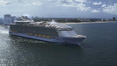 Mega Machines: Sea Giants — s01e02 — World's Largest Cruise Ship