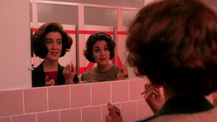 Twin Peaks — s01e05 — The One-Armed Man