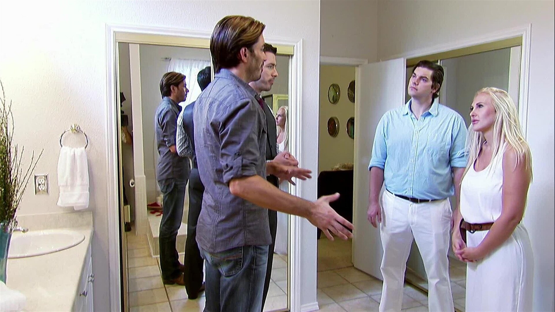 Property Brothers: Buying + Selling — s01e06 — Cristal & Scott