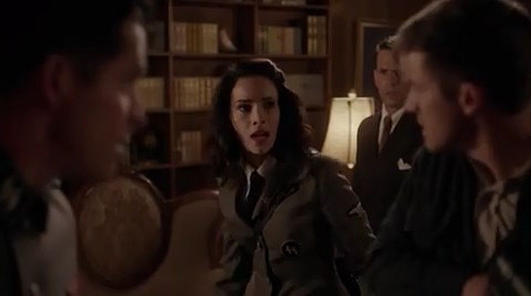 Timeless — s01e04 — Party at Castle Varlar