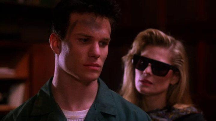 Twin Peaks — s02e13 — Checkmate