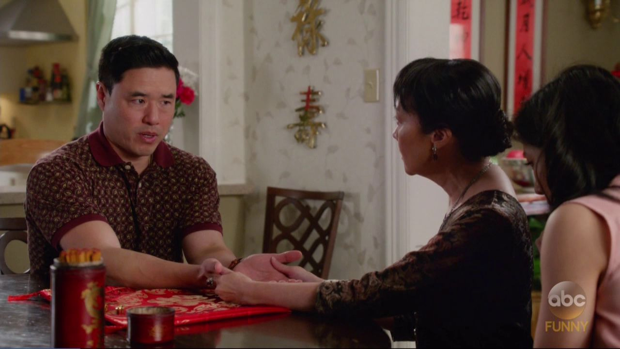 Fresh Off the Boat — s04e18 — Measure Twice, Cut Once