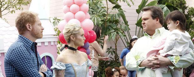 Американская семейка — s02e15 — Princess Party