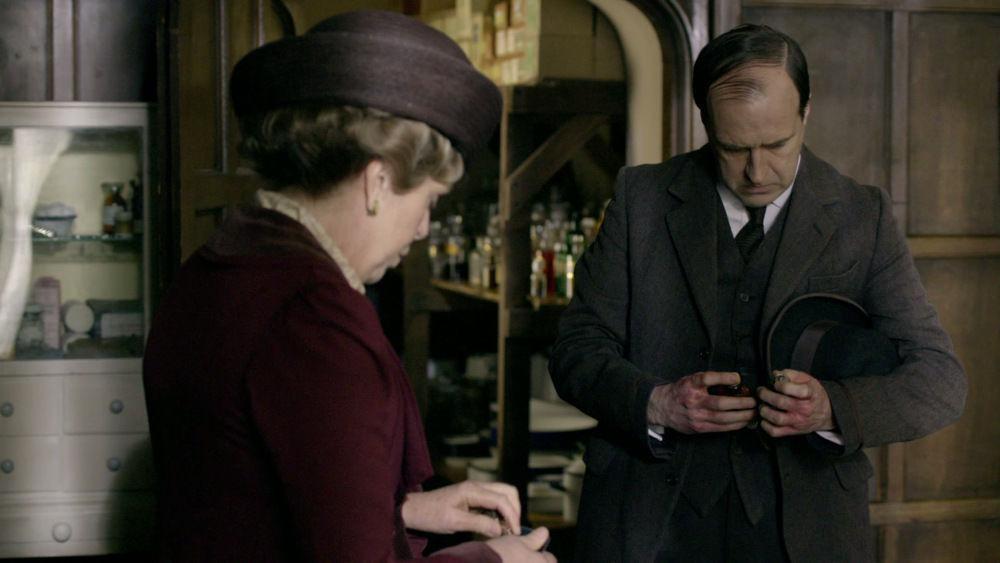Downton Abbey — s01e04 — Episode 4