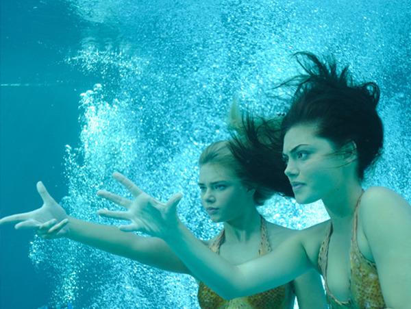 H2O: Просто добавь воды — s03e01 — The Awakening