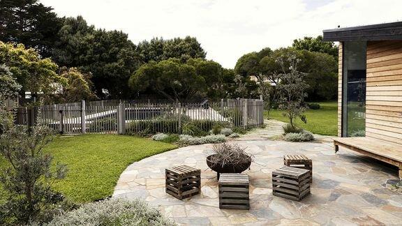 Dream Gardens — s03 special-1 — Portsea Revisit
