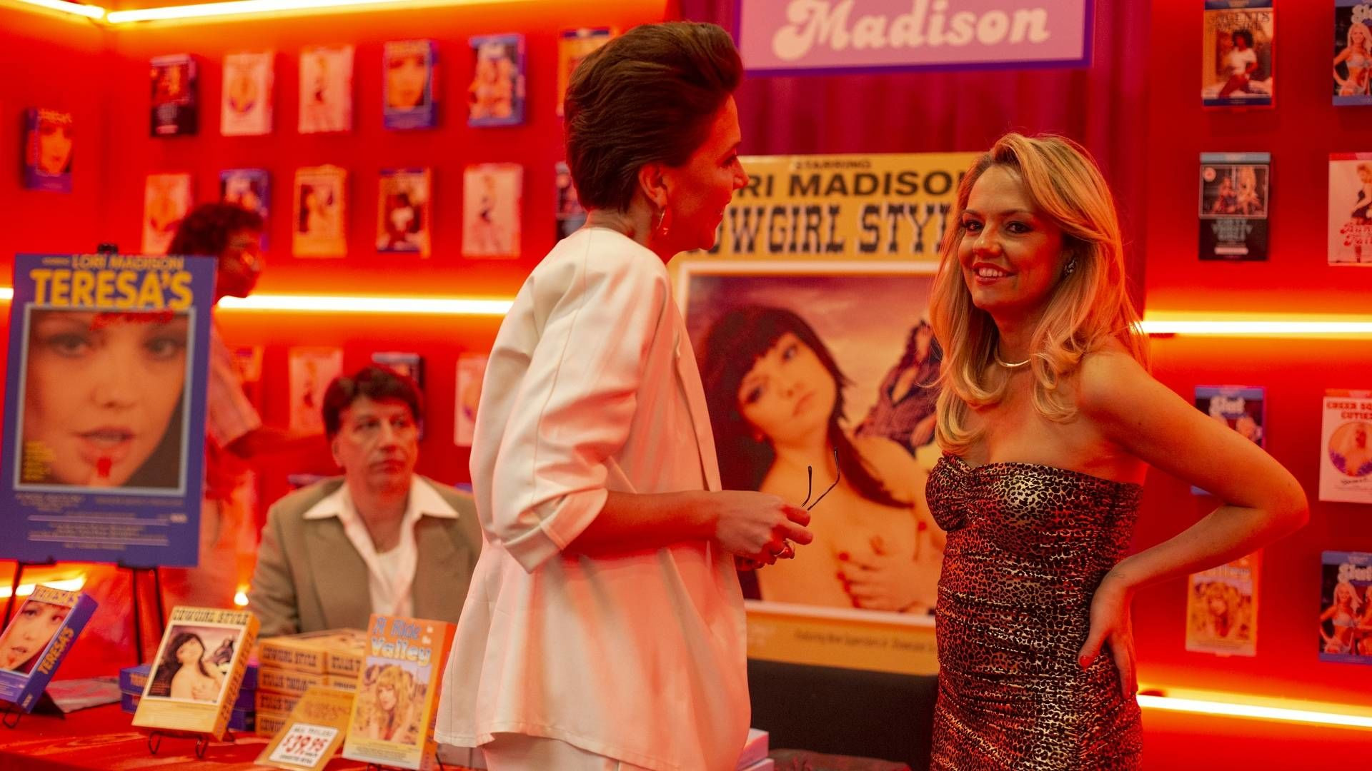 The Deuce — s03e01 — The Camera Loves You
