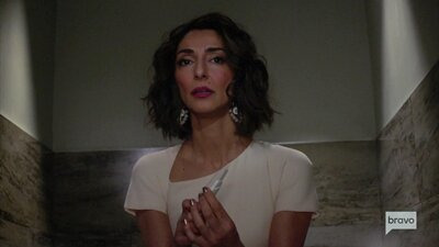 Girlfriends' Guide to Divorce — s04e06 — Rule #155: Go with the Magician