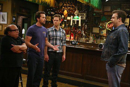 It's Always Sunny in Philadelphia — s06e08 — The Gang Gets a New Member
