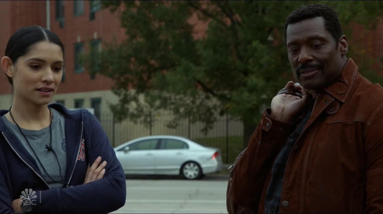 Chicago Fire — s09e02 — That Kind of Heat