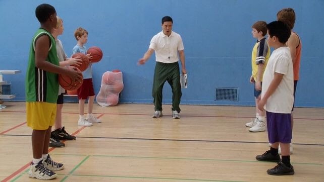 Fresh Off the Boat — s01e12 — Dribbling Tiger, Bounce Pass Dragon